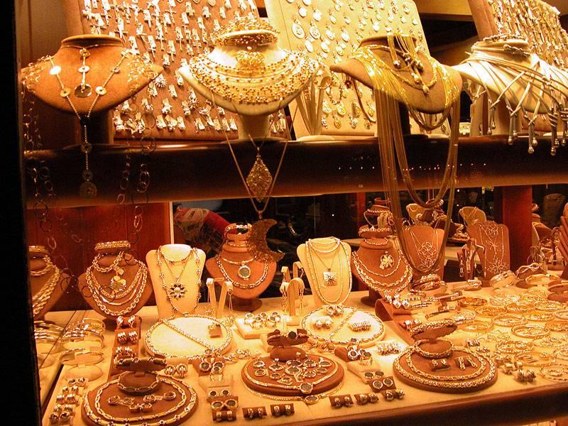 Италия - магазин ювелирных украшений