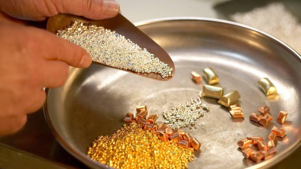 Оригинальный цвет сплава золота