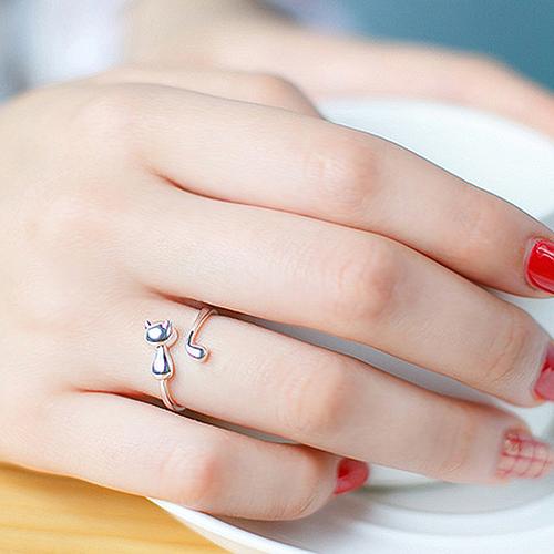 Незамкнутые кольца из белого золота
