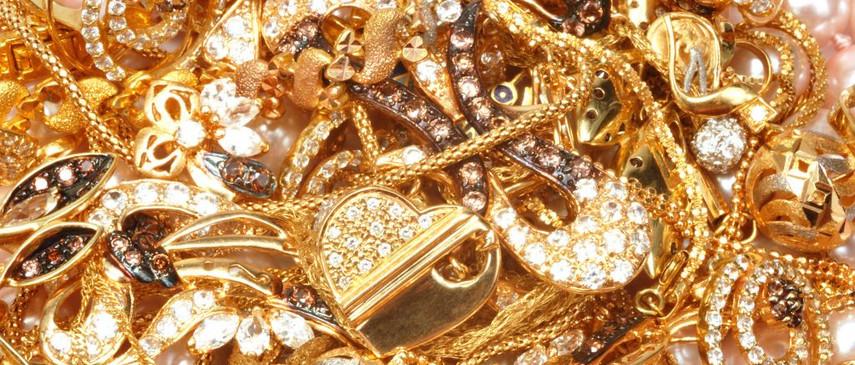 Ювелирные украшения из золота